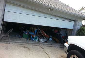 Garage Door Off Track | West Saint Paul, MN